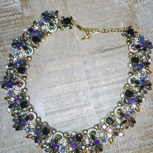 Jewelry - 😍STATMENT NECKLACE